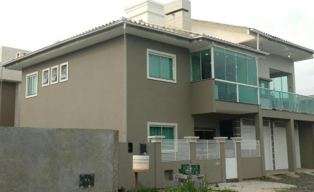Casa em Florianópolis com Piscina no Campeche para 10 pessoas