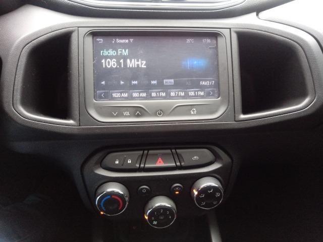 Chevrolet Onix LTZ 1.4 Manual Flex Branco 2015 - Foto 12