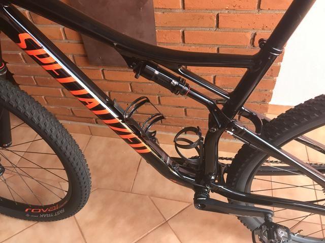Bicicleta Specialized Epic Comp Full 2019 - Foto 3