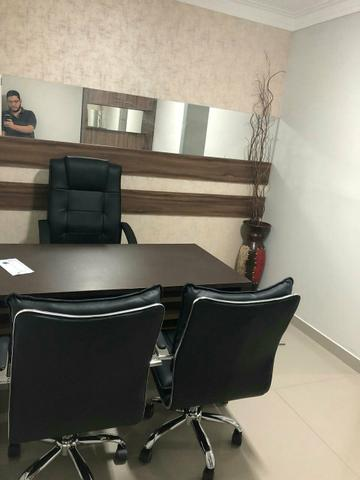 Alugo Sala mobiliada no edifício Business Center Renascença ótima para escritório