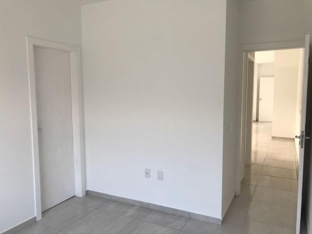 Apartamento de dois dormitórios em Forquilhas - Foto 7