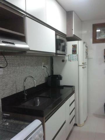 Excelente apartamento 2 Quartos com suíte montado e decorado - Foto 7