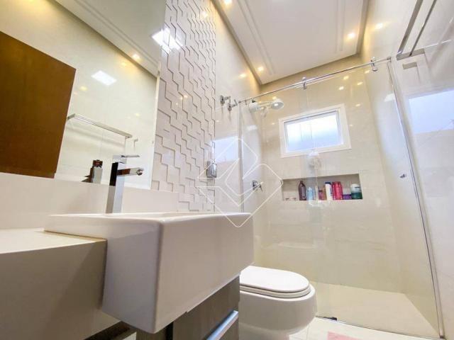 Sobrado com 4 dormitórios à venda, 423 m² por R$ 2.200.000,00 - Residencial Araguaia - Rio - Foto 3