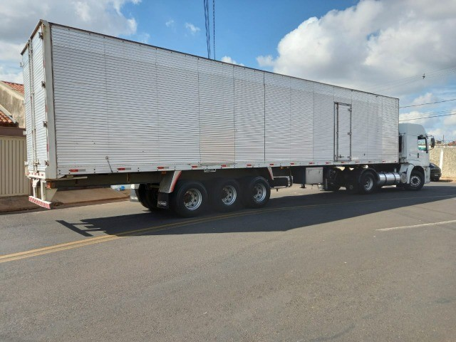 caminhão constellation 19-320+ carreta baú - Foto 11