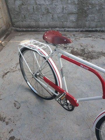 Vendo uma bicicleta antiga brasiliana Monark 1964 tudo novo   - Foto 5