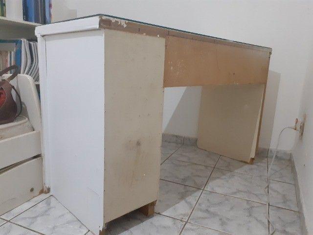 Vendo bancada para computador de mesa - Foto 4