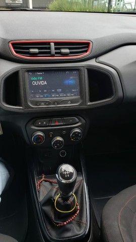 Vendo Onix Hatch Effect 1.4 8V 2015 - Foto 9