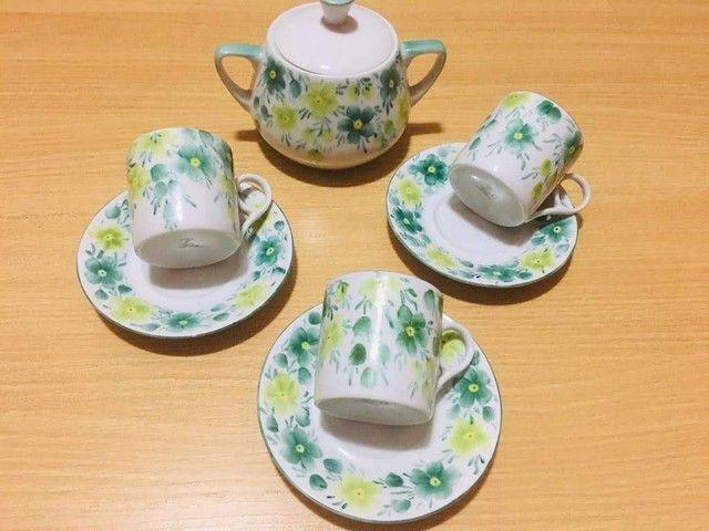 Jogo de café - Porcelana Steatita- -Pintura a mão- Anos 70  - 7 peças   - Foto 2