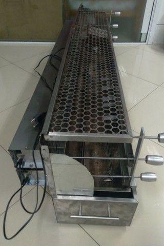 Churrasqueira elétrica giratória para espetinhos  - Foto 3
