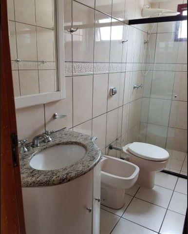 Oportunidade de Locação Anual, Apartamento Mobiliado, frente mar, 03 dormitórios (1suíte) - Foto 13