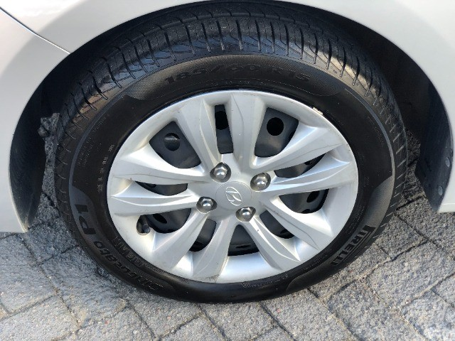 Hyundai Hb20 Impecável  'financio' - Foto 5