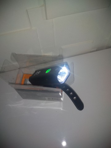 Lanterna Led recarregável para bike - Foto 3