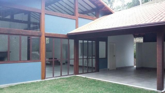 Excelente casa em condomínio 3 suítes - Itaipava -Petrópolis RJ - Foto 8