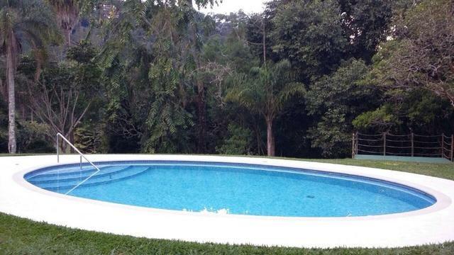 Excelente casa em condomínio 3 suítes - Itaipava -Petrópolis RJ - Foto 17