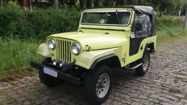 Jeep Willys com Motor de Opala 4 Cilindros