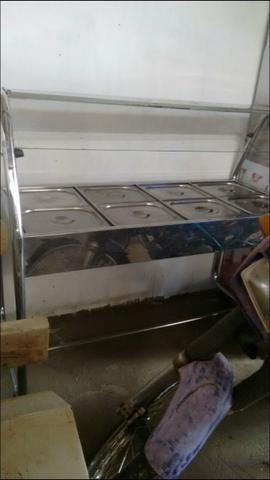 Estufa fria para saladas com cobertura de vidro