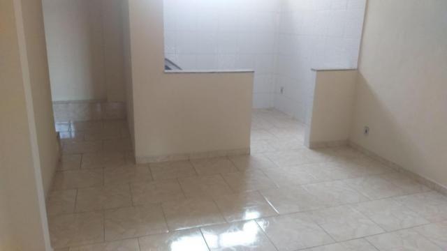 Apartamento com 2 dormitórios para alugar, 65 m² por r$ 850,00/mês - retiro - volta redond - Foto 2