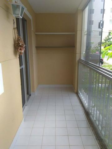 Apartamento térreo em Buraquinho