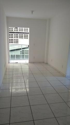 Alugo Apartamento próximo a São Camilo, Shopping Sul, Bairro Amarelo