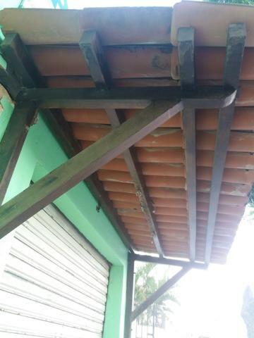 b1fc9bc7370b2 Toldo com estrutura de madeira de jatobá + 110 telhas de Barro Colonial  Maristela
