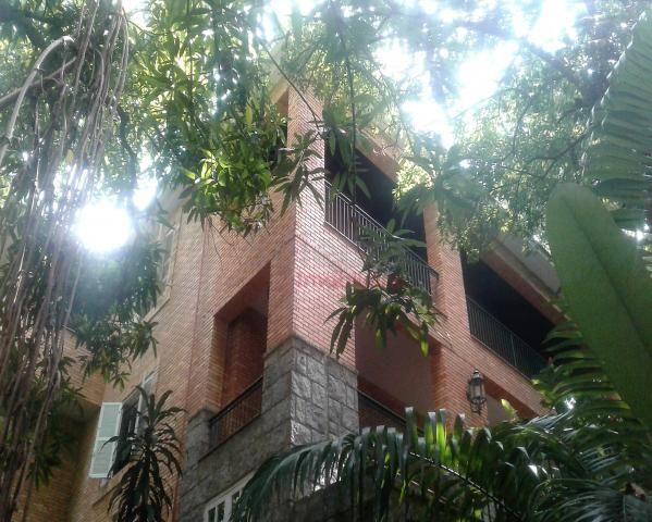 Espetacular Casa Duplex com 854m² com belíssima vista para a serra - Foto 2