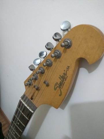 Vendo Caixa + Guitarra + Correia + Cabo