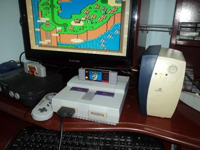 Super Nintendo com Mario