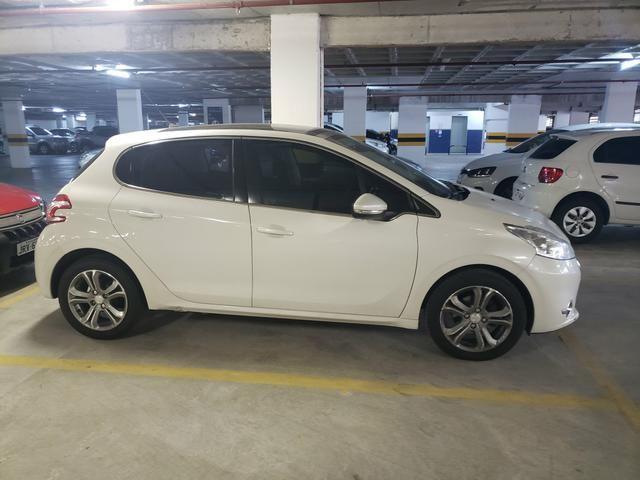 Peugeot 208 griff automático top