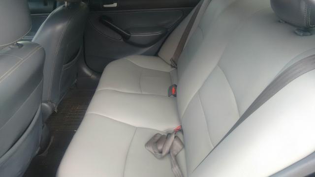 Honda Civic ex 1.7 16 v troco por Burgman 125 ano 2013 com volta do comprador - Foto 4