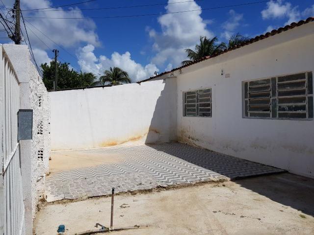 Lindos imóveis em Cajueiro Seco com amplo quintal e garagem pra 2 carros - Foto 2