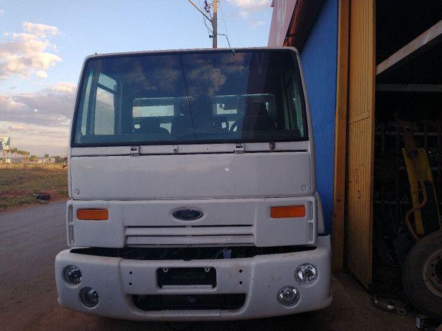 Ford cargo 1317 2009 revisado só avista