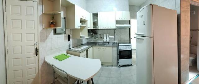 Apartamento mobiliado, 3 qts, 3 ar condicionado, salar com ar, 3 banheiros - Bairro centro - Foto 6