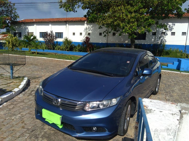 HONDA CIVIC 1.8 LXS AUTOMATICO 2015 - Foto 6