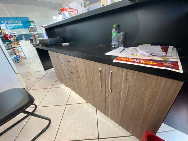 Balcão de loja planejado - Foto 4