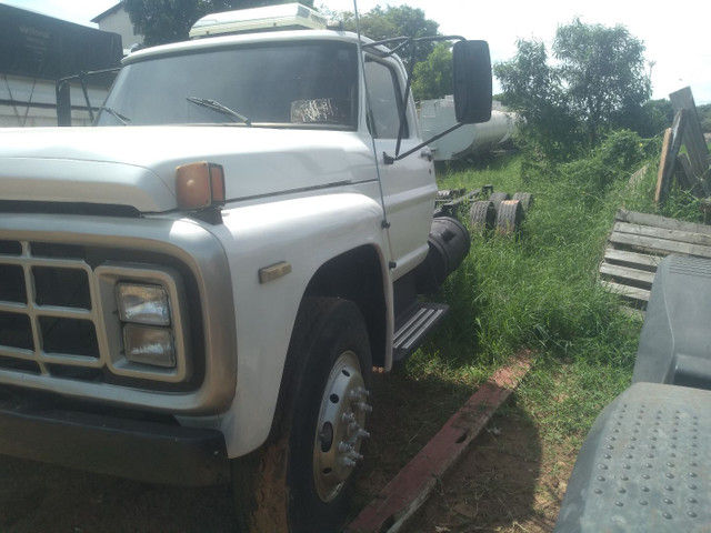 Ford 11000 truck