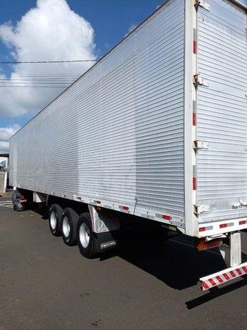 caminhão constellation 19-320+ carreta baú - Foto 4