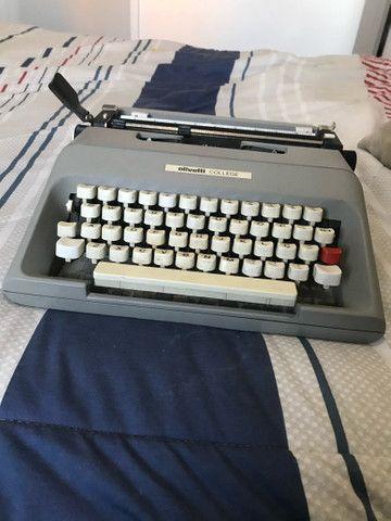 Maquina de escrever Olivetti - Foto 2