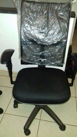 Cadeira giratória  - Foto 2