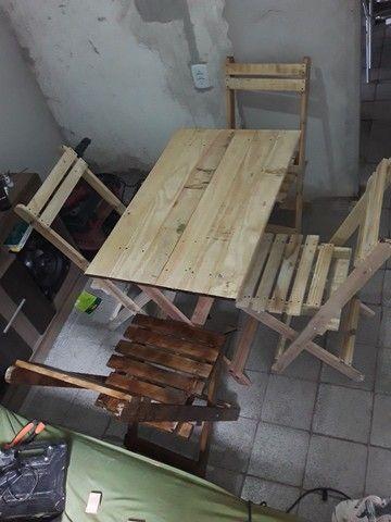 Mesas e cadeiras dobráveis para bares e lanchonetes