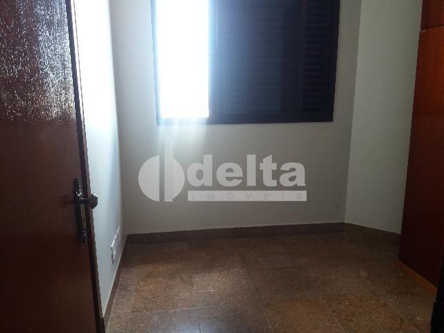 Apartamento para alugar com 3 dormitórios em Centro, Uberlandia cod:572064 - Foto 4