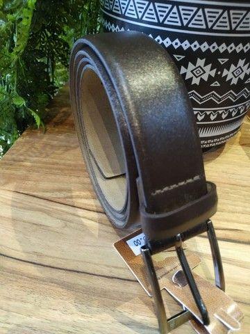 Cintos masculinos em couro, lona, cadarço a partir de R$40,00 - Foto 3