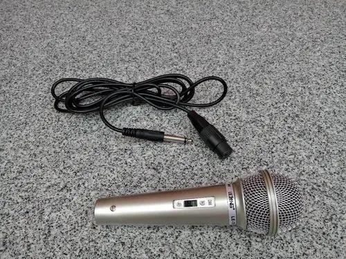 Microfone Profissional Le-701 Cabo P10 De Mão Com Fio Novo<br><br> - Foto 2