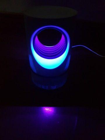 Luminária elimina mosquito - Foto 2