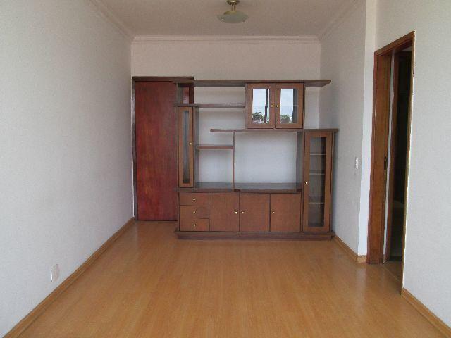 Excelente aptº 03 quartos com suite e depend. completas e garagem