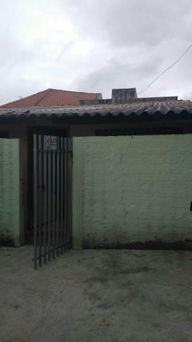 500 reais, casa, 3 peças + banheiro, sem garagem