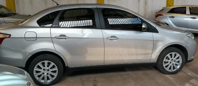 Fiat / Gran siena attractive 1.4 17/17 4p completo