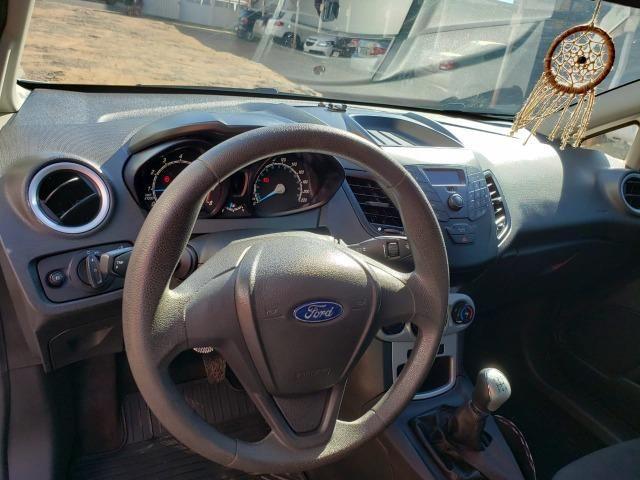 '' Lindo! Ford Fiesta 1.5 Flex 2014/2015, completo. Muito conservado, todo original '' - Foto 5