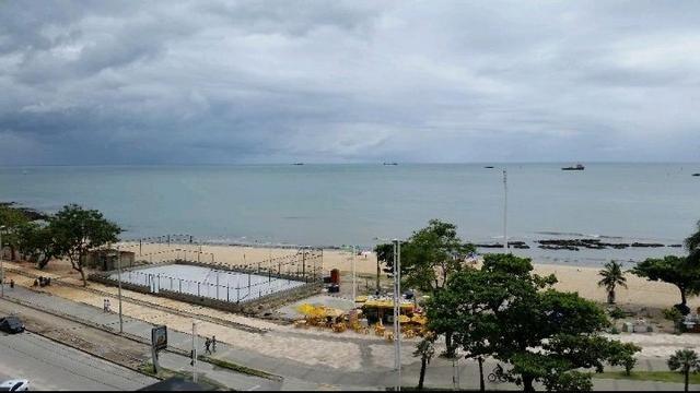 Lindo flat mobiliado na beira mar - Foto 15