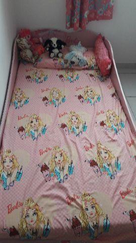 Cama Barbie com colchão