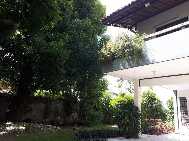 Casa grande em terreno de 22m x 33m, fins comerciais/residenciais - Foto 5